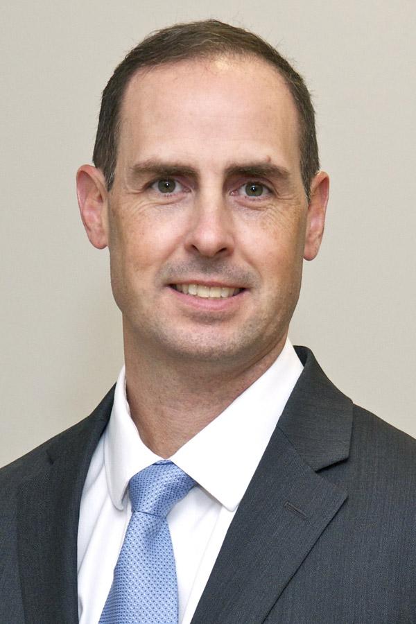 Thomas W Belknap, MD